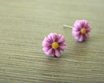 Purple Daisy Flower Post Earrings Flower Stud Earrings 7mm