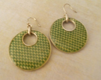 St. Patricks Irish Classic Green Basketweave Silver Disc Earrings - Marked LC