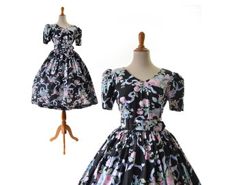 1950s Dress, Floral Print Dress, Black Dress, 50s Dress, Dark, Cotton, Rose Print,  pinup, rockabilly, swing, Women Dreses. Vintage Dresses