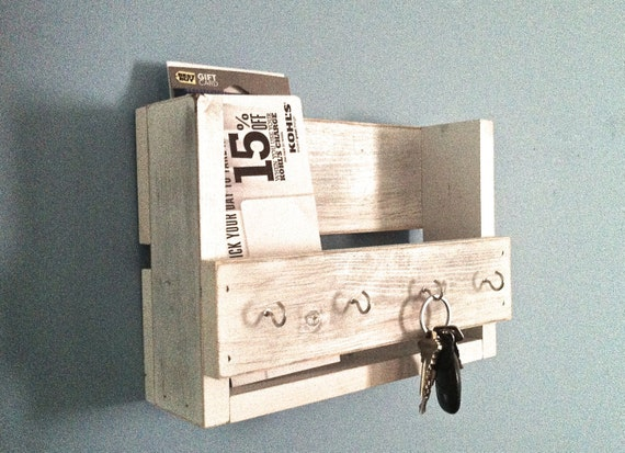 Rustic Foyer Jr : Rustic key holder mail organizer white