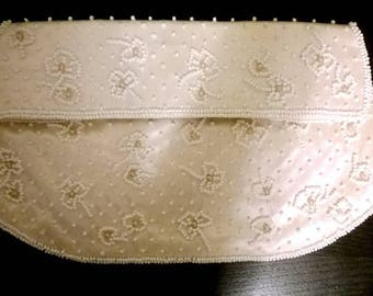 Delicate Vintage White Silk Beaded and Pearls Bag / Clutch