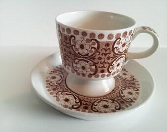 Vintage Arabia Finland Teacup and Saucer - Brown Ali Pattern - Danish Mid-Century Modern - 1960s - Designed by Kaj Franck & Raija Uosikkinen