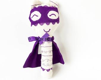 Baby rattle superhero with embroideries: Mini Super Doudou