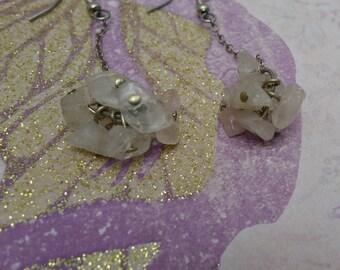 Rose Quartz Chip Cluster Dangle Earrings-Lainey