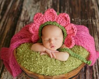 Newborn Flower Bonnet, Newborn Pink Hat, Newborn Photo Prop, Baby Bonnet, Flower Hat, Flower Bonnet, Spring Bonnet, Newborn Spring Hat