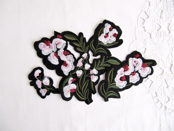 Messy flower patchiron on floral appliqueembroidery patch gucci messy flower patchiron on floral appliqueembroidery patch gucci style patch applique flower embroidery from byguls on etsy studio mightylinksfo