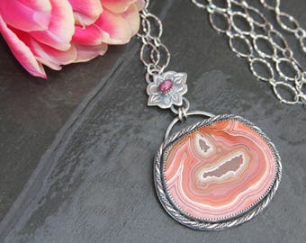 dryhead agate, star ruby and sterling silver metalwork pendant necklace
