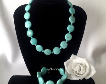 Magnesite in the  Round: 17.5 Inch Magnesite Beaded Necklace and Bangle Bracelet Set