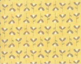 Corner of 5th & Fun - 17907-14 - Bleeding Hearts Yellow - Sunshine - by Sandy Gervais for Moda Fabrics