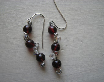 Curley Q wire earrings, Red and Clear beads