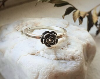 Silver Rose Ring, Sterling Stacking Ring, Rose bud ring, Botanical Accessory, Minimalist Ring, Bohemian Fashion, Bohochic Ring, Hippie Gift