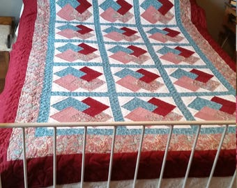 """WINNING HAND quilt; Handmade; Hand Quilted; Cranberry;Turquoise; 84"""" X 57"""";"""