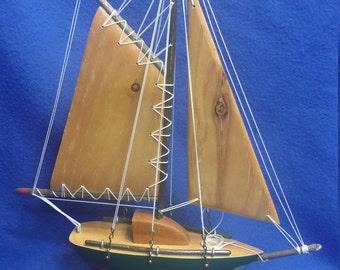 Model Wood Sail Boat