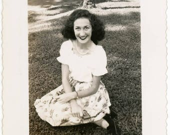vintage photo 1940 Pretty Lady Sits in Grass Looking up lipstick Smile