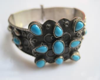 Egyptian Hinged Bracelet Turquoise and Silver Bangle Vintage Ethnic Jewelry