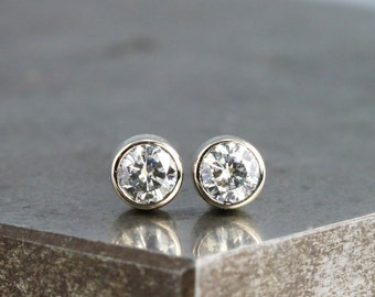 Pair of Diamond Alternative Tiny Moissanite Stud Earrings - Two Small White Gold Studs - Recycled White Gold - Unisex Gift - Made to Order
