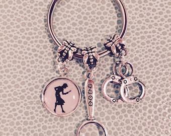 Nancy Drew Keyring, Magnifying Glass, Handcuffs