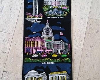 Sale - Vintage Souvenir of Washington D.C. (FREE US shipping)