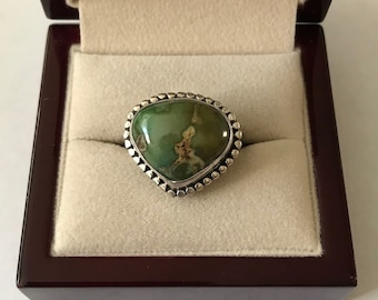 Vintage Sterling Silver Green Turquoise Ring Size 8.5