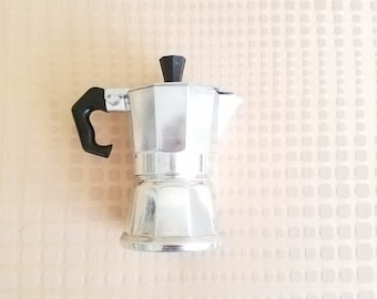 Vev Vigano Espresso Maker Moka Pot One cup Vintage Italian Stovetop Single Serving Made in Italy Moka Express Looks Unused!