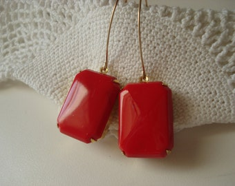 SALE Vintage Art Deco Opaque Red Czech Jade Glass Gold Earrings