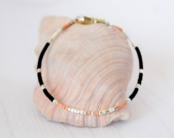 Friendship Bracelet - Minimalist Jewelry - Friendship Anklet - Beaded Bracelet - Beaded Anklet - Australia - Dainty Bracelet - Five Bears