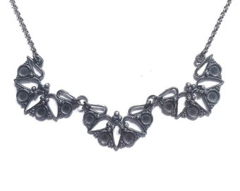 Triple Rosette necklace in sterling silver (art nouveau, floral granulation)