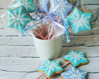 Frozen Cookie pops, cookie wand, party bag fillers, snowflake cookie, birthday party favours, biscuits, stocking filler, cookie on a stick