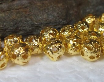450 Gold Filigree Round Beads