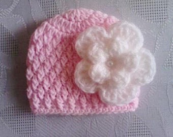 Newborn girl hat, crochet baby hat, girl hospital hat, newborn girl outfit, crochet newborn hat, pink baby hat, baby girl hat