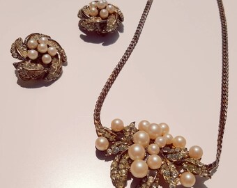 SALE   Vintage 1960s Pearl and Rhinestone Necklace and Clip On Set Demi Parure