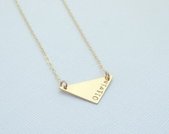 Personalized Triangle Necklace. Gold Nameplate Bar Necklace. 14k Gold Fill, Sterling Silver, Rose Gold Fill Geometric Jewelry. Name Necklace