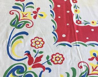 SALE 3 Vintage Floral Tablecloths Cutters
