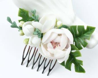 Tropical wedding comb white flower comb bridal comb monstera leaf hair piece beach wedding comb rose flower comb bridal headpiece hair comb