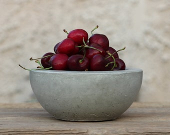 Small Fruit Bowl / Peanuts Bowl