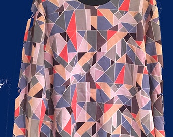 Geometric Pop Art print T-shirt // BRAND NEW one off sample // Great Reduced Price