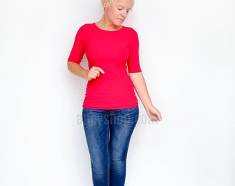 Fitted Red Top, Red T Shirt, Basic Red Shirt, Casual Blouse, Round Neck Top, Jewel Neck Shirt, Elbow Sleeves Top, Everyday Shirt