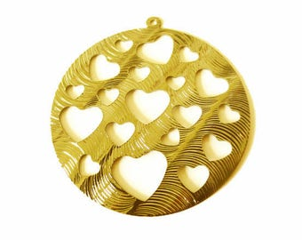 1 x pendant round hollowed hearts engraved metal 40mm gold