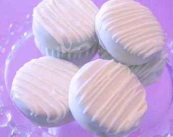 White Chocolate Covered Oreo Cookies – 1 Dozen