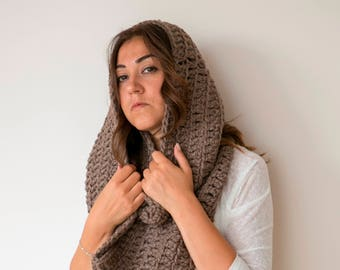 AILEEN - Chunky Textured Huge Infinity Scarf - Taupe  - Free US and EU Shipping