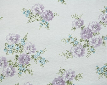 1960s Vintage Wallpaper by the Yard - Floral Wallpaper Lavender and Blue Flowers on White, Floral Wallpaper