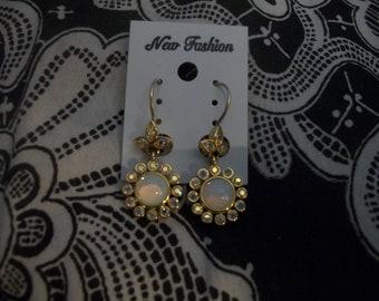 Vintage Joan Rivers Flower Leverback Earrings
