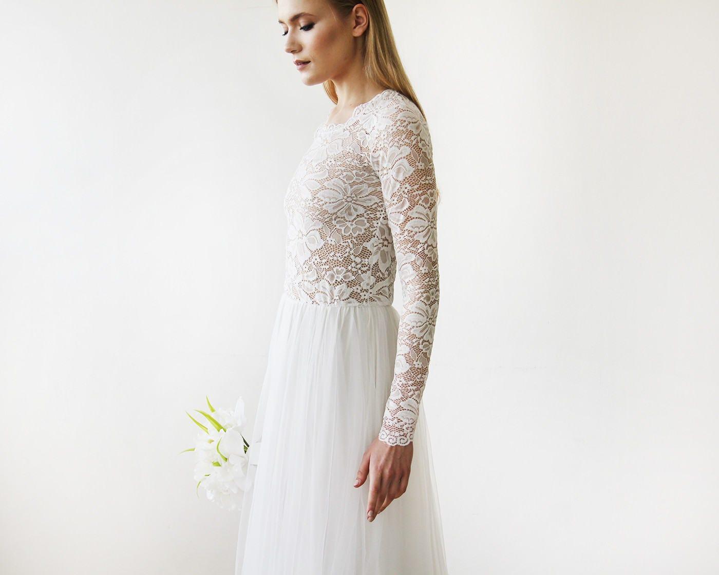 Hochzeit Kleid runden Ausschnitt lange Ärmel schiere Spitzen