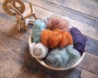 1 oz of assorted earth toned wool roving for felting spinning weaving