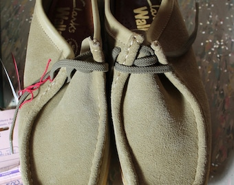 Vintage Like New Clarks Wallabee's Sand Suede Size 8 1/2
