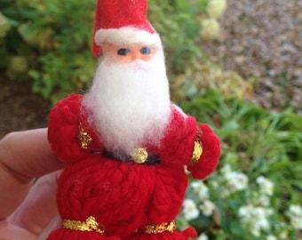 Vintage Santa Clause Ornament | Santa Clause Pin | Retro Yarn Santa Clause | Vintage Christmas Decoration | Red Santa Clause Ornament