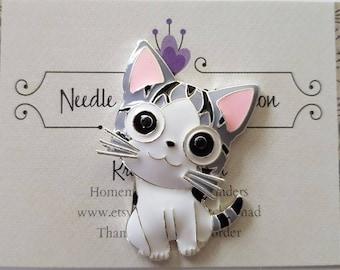 Big Eyed Kitten Needle Minder