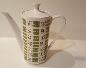 Mikasa Cera Stone Elmida Green and White Tea or Coffee Pot // over 9 inches tall // mid century country cottage dishes