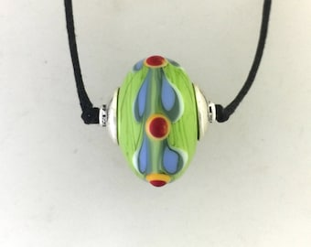 Lamp Work Green  Glass Bead Necklace