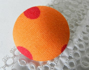 Fabric button orange with polka dots, 32 mm / 1.25 in